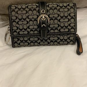 Coach Signature and Leather Key Chain Wallet